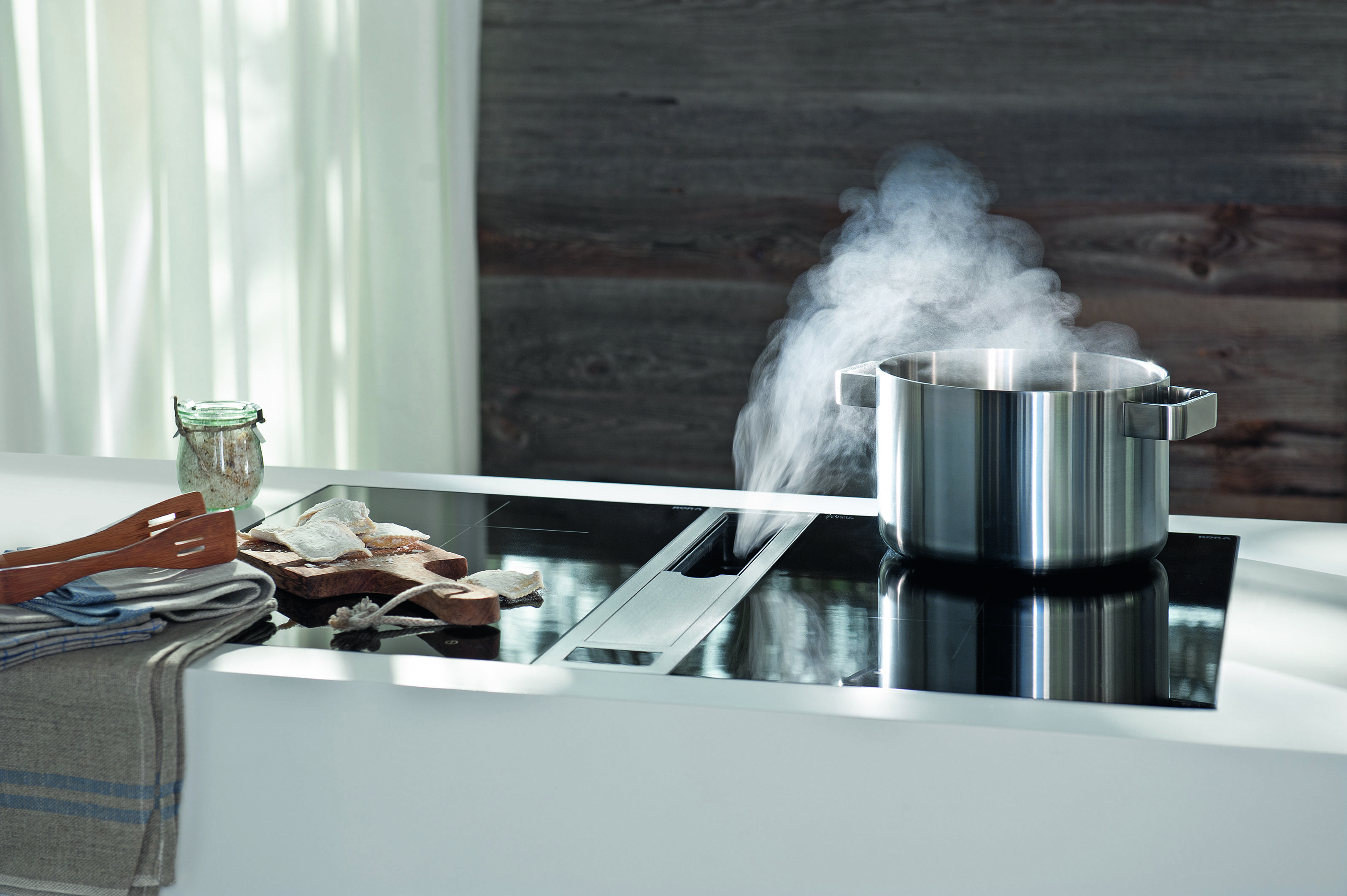 New German Brand Bora Turns The Extractor Upside Down At